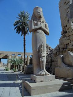 Fotografía: Sandra Rastelli -  Templos de Karnak Greek, Statue, Art, Temples, Sphynx, Egypt, Art Background, Kunst, Performing Arts