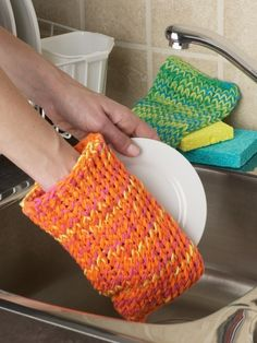 Free Crochet Patterns Kitchen Accessories : Crochet Kitchen Stuff on Pinterest Dishcloth, Potholders ...