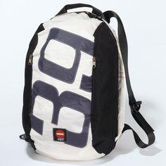 360° Segeltuchtasche Segeltuch-Rucksack - Dieser Rucksack bietet viel Stauraum und ist zugleich sehr oragnisiert durch seine vielen Einsteckfächer und Außentaschen. Für 139,90 €