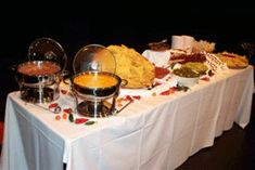 more nontraditional wedding food. Nacho Bar, Wedding Appetizers, Best Party Food, Reception Food, Food Stations, Football Food, Tortilla Chips, Food Presentation, Catering