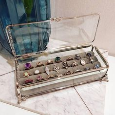 goals diy ring holder in glass box - Cell Phone Ring Stand - Ideas of Cell Phone Ring Stand - goals diy ring holder in glass box Jewellery Storage, Jewellery Display, Ring Storage, Box Storage, Diy Jewelry Holder, Diy Ring Holders, Budget Planer, Diy Rings, Glass Boxes