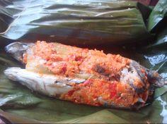 Pepes bandeng dengan lombok yang banyak menjadi buruan para pencinta kuliner bandeng pedas
