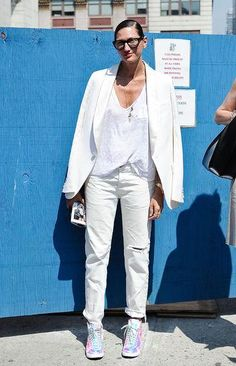 Jenna Lyons does all-white with boyfriend jeans, a white tee, and blazer - see more of her best style here