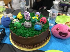 Our try for slime rancher cake. I made the slimes out of fondant. Kiddo loved it! It's Your Birthday, Boy First Birthday, Birthday Parties, Birthday Cake, Cake Business, Carnival Birthday, Slime, Baked Goods, Fondant