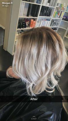 Ash blonde outgrowth