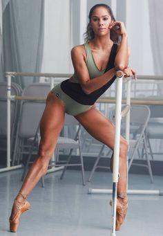 Artist Reference Figure Study Fight Pose Nyla Nguyen
