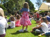 Fitzroy Gardens melbourne - a beautiful place to walk, read, picnic and play with children.