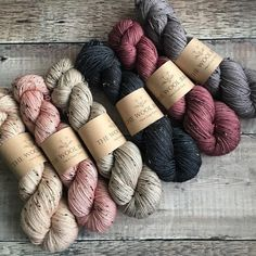 Twisted wool skeins in neutral colours of beige, pink, grey, red and black. The wool has tiny flecks in it to give some texture to the finished garment. Crochet Yarn, Knitting Yarn, Baby Knitting, Knitting Patterns, Yarn Thread, Yarn Stash, Wool Skein, Yarn Color Combinations, Yarn Bag