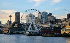 Seattle Waterfront Ferris Wheel (with gondolas!)