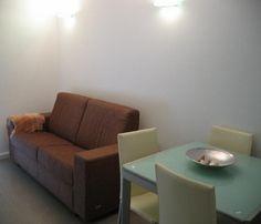 http://es.1000apartamentos.com/Islas-Baleares/-Ciudadela-de-Menorca/Apartamentos/Bonito-piso-de-70m²-en-Ciutadella--/199628
