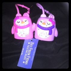 """Bath and Body Works """"Best Frozen Friends"""" A new addition to the Pocketbac Holders called """"Best Frozen Friends"""" ~ (set of two) . Brand new! Absolutely adorable & the perfect original gift for your bestie and you to have as a token of your endless friendship! The hands of the Pocketbac Holders are magnetic and when put close together they lock together and hold hands! Made to hold Antibacterial Pocketbacs. (Not included). NWT!  Ask me questions if you have any, and very happy to consider…"""