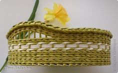 Поделка изделие Плетение Плетеночка в подарок Бумага газетная Трубочки бумажные фото 1