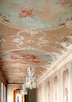 Shabby Chic Decor Archives - Cute Home Designs Color Mate, Arte Fashion, Baroque Architecture, French Interior, Ceiling Design, Ceiling Art, Beautiful Buildings, Marie Antoinette, Decoration