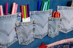 Recycle old jeans into an adorable denim wall hanging you can use to store children's art supplies, etc. (@ Fiskars Craft) Great idea for a craft room also. Jean Crafts, Denim Crafts, Artisanats Denim, Sewing Crafts, Sewing Projects, Diy Rangement, Ideas Para Organizar, Fun Projects, Upcycle