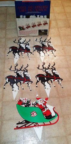 Vintage Santa Reindeer Sleigh Lawn Decoration Stakes Plastic Yard Display