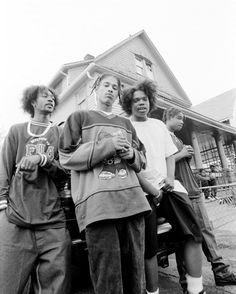 "resurrectinghiphop: ""Bone Thugs-n-Harmony "" 90s Hip Hop, Hip Hop And R&b, Hip Hop Rap, Aaliyah, New School Hip Hop, Hip Hop Classics, Arte Hip Hop, Black And White Aesthetic, Hip Hop Artists"