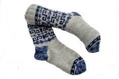 S - sokker Socks, Design, Fashion, Threading, Moda, Fashion Styles, Sock, Stockings