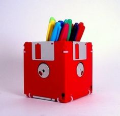 disquetes lapices reciclaje