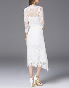 Boutique White Plain 3/4 Sleeve Midi Dress