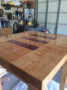 Close up view of the table after 2 coats of spar urethane.