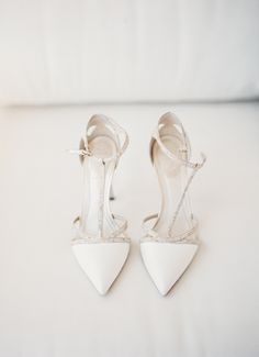 Rene Caovilla wedding shoes | Jesse Leake | Snippet & Ink #zapatos #weddingshoes