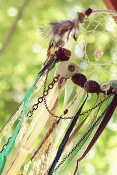 ribbon + button dream catcher