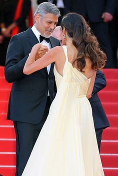 Amal Clooney Stuns at Cannes but Trips Over Her Gorgeous Gown, Julia Roberts Goes Barefoot Amal Clooney Wedding Dress, Bridal Dresses, Bridesmaid Dresses, Versace Gown, High Slit Dress, Prom Dresses With Pockets, Estilo Boho, Beautiful Outfits, Fashion Dresses