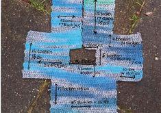 Babyvestje haken voor Moos! Had nog mooie zachte wol van Zebrino(53% wol en 47% acryl) van Adriafil liggen, waar ik al een Babydekentje en Babyslofjes en een Babymutsje van haakte.... Adriafil ( Baby Vest, Baby Cardigan, Baby Boy, Knitting For Kids, Crochet For Kids, Crochet Baby, Crochet Clothes, Crochet Sweaters, Baby Shower Gifts