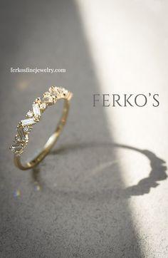 Gold Gold, White Gold, Diamond Wedding Bands, Wedding Rings, Diamond Bands, Round Diamond Ring, Black Diamond, Pretty Rings, Elizabeth Ii