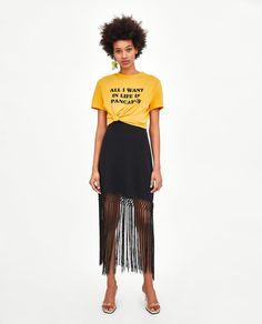 CAMISETA CROPPED TEXTO Wardrobe Basics, Spring Summer 2018, Slogan, Zara, Pants, T Shirt, Image, Fashion, T Shirt Crop Top