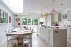 Houzz - like the coloured pendants