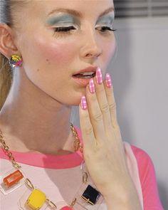 Trend Nails Pop Spring 2013