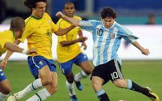 Mira jugar en vivo Argentina vs Brasil: http://www.envivofutbol.tv/2015/11/ver-partido-argentina-vs-brasil-en-vivo.html
