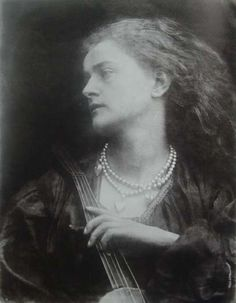 Julia Margaret Cameron Enid, Emily Peacock , 1874. Image reproduction in Helmut Gernsheim, Julia Margaret Cameron: Her Life and Photographic Work . London : Gordon Fraser, 1975,96.