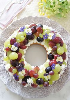 Doughnut Cake, Fruit Tart, Sweets Cake, Something Sweet, How To Make Cake, I Foods, Love Food, Cake Recipes, Cake Decorating
