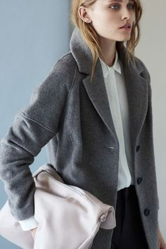 Lawyer at Work is a corporate fashion blog. inspiration for work wear .. http://lawyeratwork.tumblr.com/ #corporate #workwear #officewear #lawyeratwork