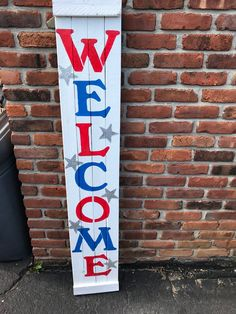 of july wooden signs Outdoor Welcome Sign, Welcome Wood Sign, Welcome Decor, Welcome Signs, Front Porch Signs, Diy Porch, 4th Of July Decorations, Wooden Signs, Rustic Signs