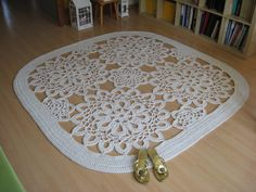 I made this carpet using a pattern I found on someone else's blog: https://ergahandmade.blogspot.com/2015/08/crochet-tablecloth-diagram.html?m=1  I used up around 1350 meters of cotton twine (5 mm thick) + a 9 mm crochet hook - it took me 3 days!!! More details and photos on my blog: https://magiccarpetstudio.blogspot.com/2017/11/duzy-dywan-z-kilu-motywow.html