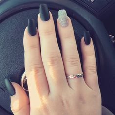 Coffin Shape, Matte Black Nails