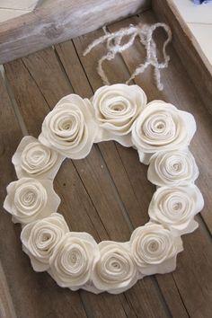 felt flower tutorial found at Pretty Petals blog.