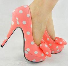 Peach polka dot heels #shoes #polkadots #peach #heels