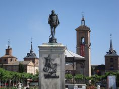 Plaza Cervantes en Alcala de Henares, Madrid #Spain