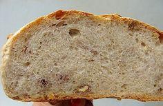 Una dintre cele mai perfecte retete, dupa gustul meu, ramane Vermon Sourdough bread, cea a celebrului Jeffrey Hamelman. Ma indoiesc ca este vreo diferenta semnificativa intre painea lui si painea m…