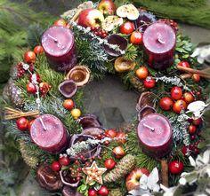 #advent #decoration #Adventskranz #rot #weiss #red #white #whreat #christmas #Dekoration #Weihnachten #Floristik #fruity #fruchtig #verspielt