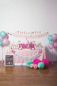 Ice cream party spread form an Ice Cream Parlour Birthday Party via Kara's Party Ideas… Happy Birthday Mädchen, 4th Birthday Parties, Birthday Ideas, Birthday Tutu, 3rd Birthday, Ice Cream Theme, Ice Cream Party, Fete Emma, Donut Party