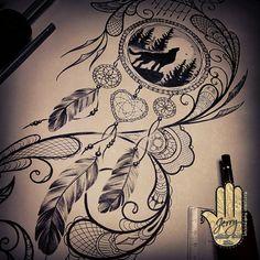dream catcher tattoo design. howling Wolf Time Tattoos, Wolf Tattoos, Body Art Tattoos, Sleeve Tattoos, Tatoos, Mum Tattoo, Lion Tattoo, Tattoo Art, Howling Wolf Tattoo