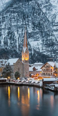 Love these towns against mountains, in the snow!