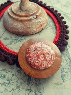 handmade necklace * crochet * polymer clay * by Pink Dots (portuguese handmade)