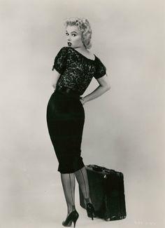 Marilyn Monroe for B