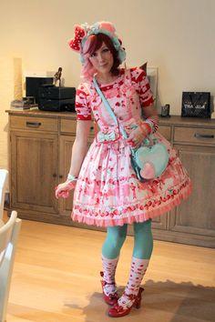 Aussie Girl in a Lolita World: Thursday Lolita Photos -12-
